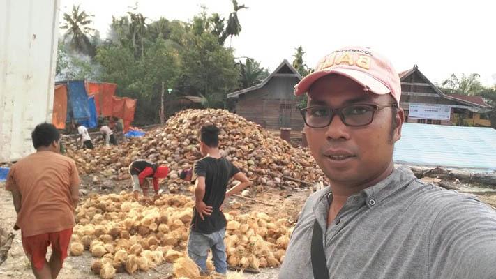 Ketua Kelompok Petani Kelapa Tembilahan, Indragiri Hilir, Riau.